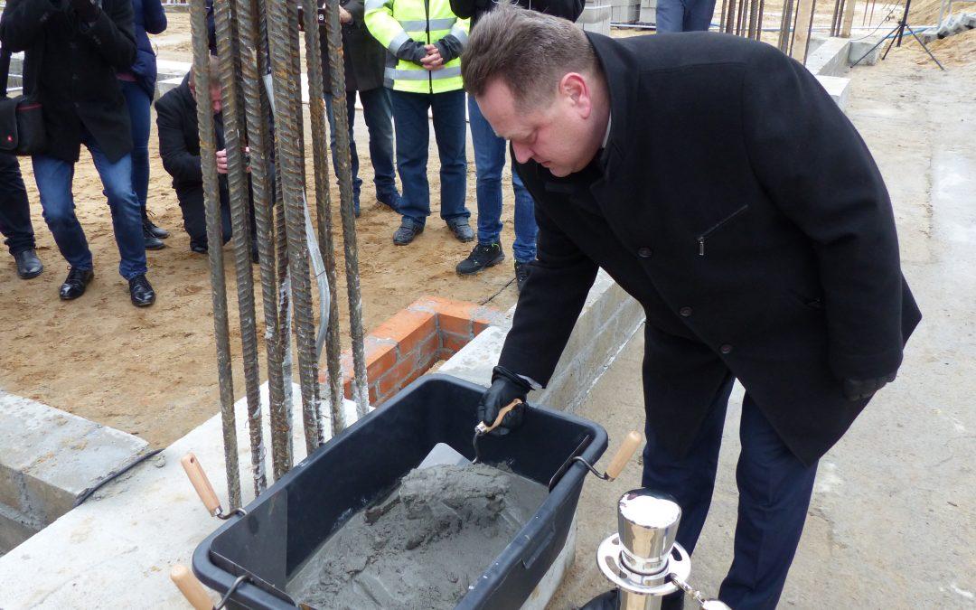 Wmurowanie kamienia węgielnego pod budowę nowej Komendy Miejskiej Policji w Kaliszu