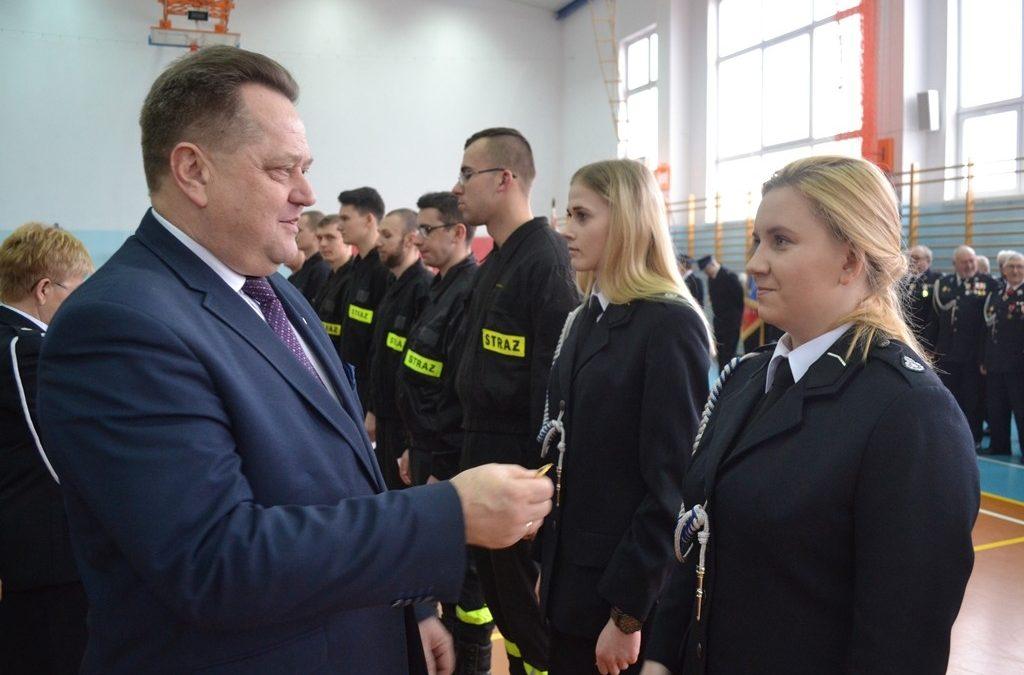 Przekazanie nowego pojazdu ratowniczo-gaśniczego jednostce OSP w Krasnopolu