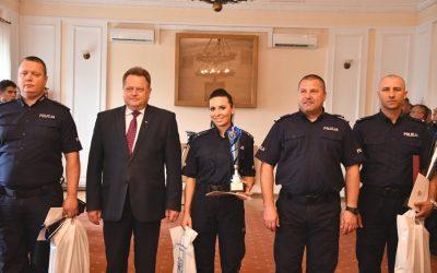 Nagrody dla najlepszych podlaskich policjantów służby prewencyjnej