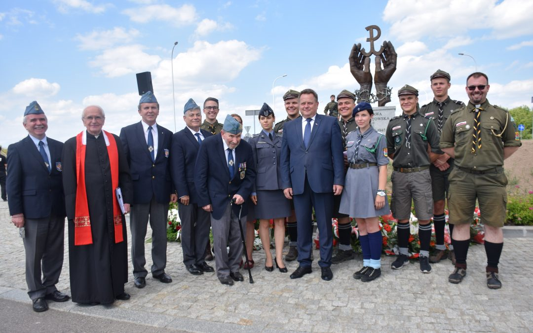 Odsłonięcie pomnika Ofiar Obławy Augustowskiej w Suwałkach