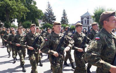 Złożenie przysięgi przez żołnierzy 1. Podlaskiej Brygady Obrony Terytorialnej