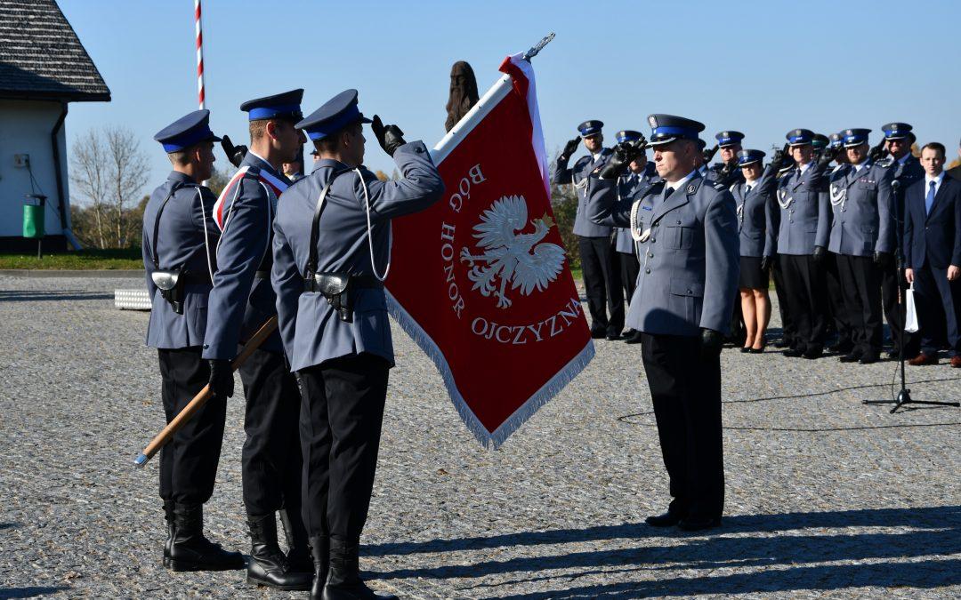 Nadanie sztandaru Komendzie Powiatowej Policji w Sejnach