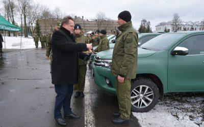 Przekazanie nowych pojazdów terenowo-obserwacyjnych dla Podlaskiego i Warmińsko-Mazurskiego Oddziału Straży Granicznej