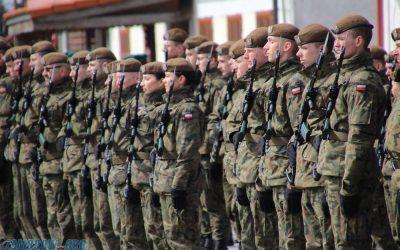 Przysięga żołnierzy WOT w Tykocinie