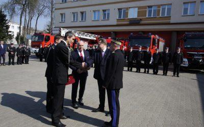 30 wozów strażackich dla Ochotniczych Straży Pożarnych w województwie podlaskim