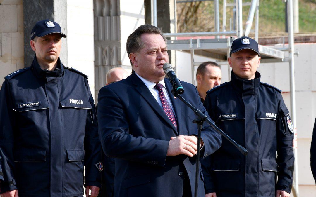 Wmurowanie aktu erekcyjnego pod budowę posterunku Policji w Zaściankach (gm. Supraśl)