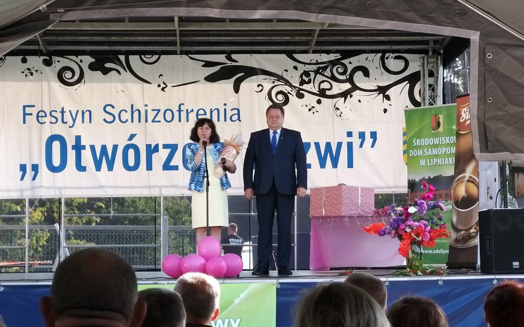 """Festyn """"Schizofrenia – otwórzcie drzwi"""" w Lipniaku"""