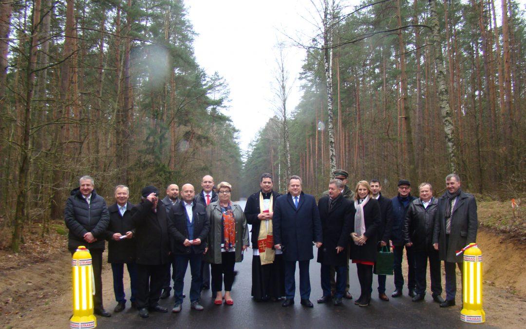 Zmodernizowany odcinek drogi w gminie Augustów