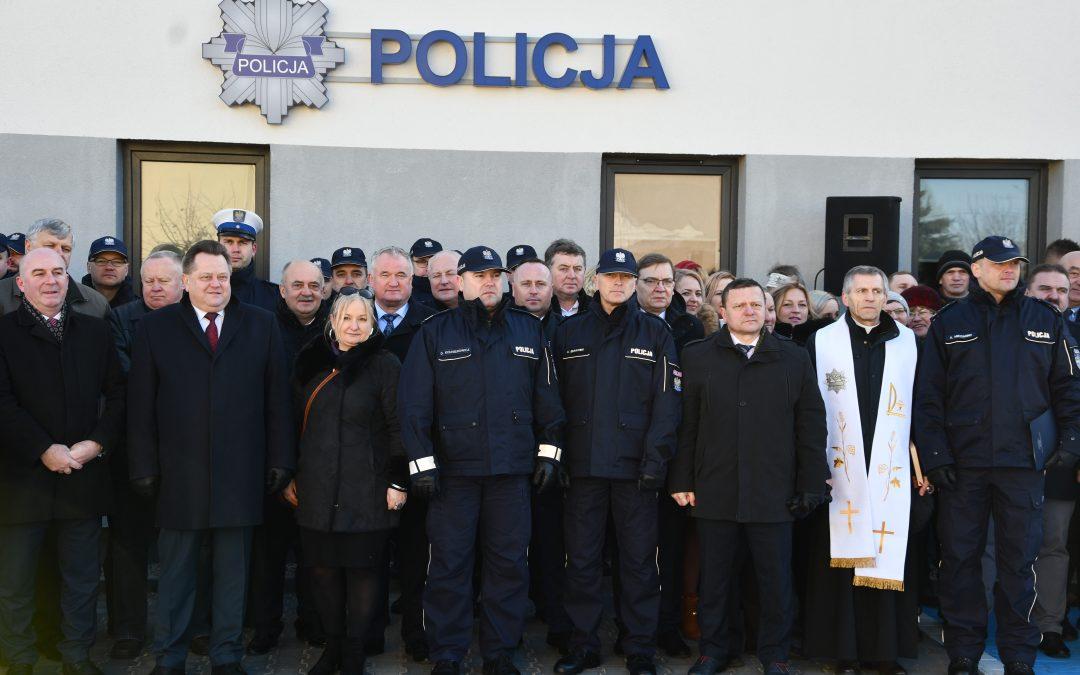 Otwarcie posterunku Policji w Raczkach
